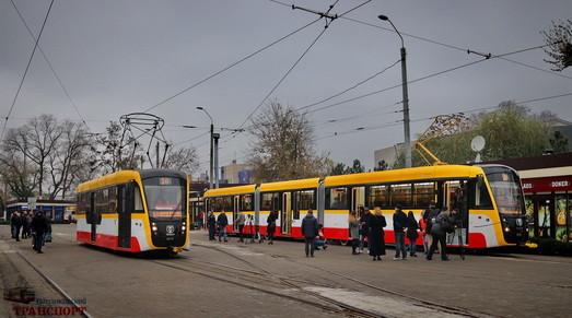 «Одесгорэлектротранс» собирает два новых трамвая