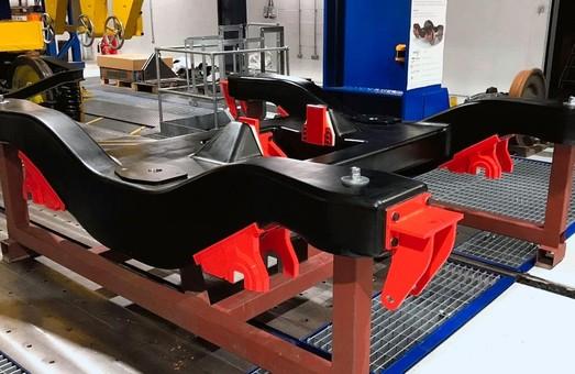 Английские ученые создали уникальную раму тележки железнодорожного вагона – она изготовлена из углеволокна