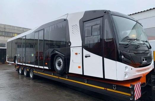 Международный аэропорт «Борисполь» получил первый перронный автобус МАЗ-271067