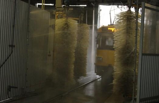 КП «Днепровский электротранспорт» купило мойку для трамваев