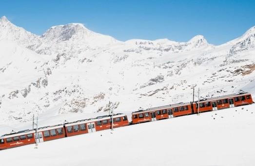 Компания «Stadler» изготовит пять поездов для зубчатой железной дороги в Альпах