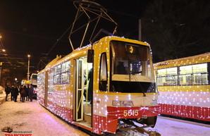 На Рождество по Одессе проедет праздничный парад трамваев