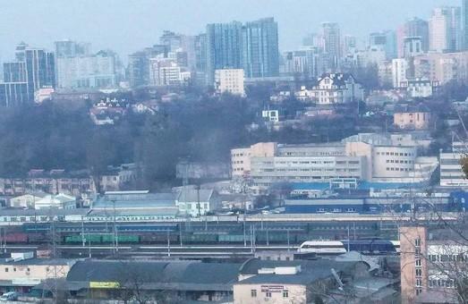 Новый дизель-поезд Крюковского вагоностроительного завода поломался по дороге в аэропорт