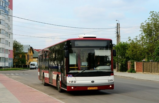 Одного из крупнейших украинских производителей автобусов и троллейбусов ждут финансовые проблемы