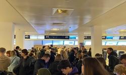 Одесситы не могут вернуться на родину из-за отмены рейсов авиакомпании «Ernest Airlines»