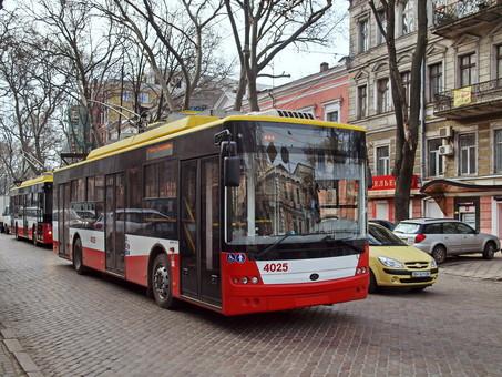 В Одессе обещают запустить полосу для общественного транспорта по улице Пушкинской
