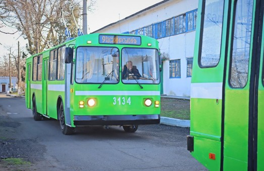 В Николаеве восстановили два троллейбуса