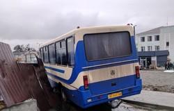 В Каменском водитель автобуса умер за рулем