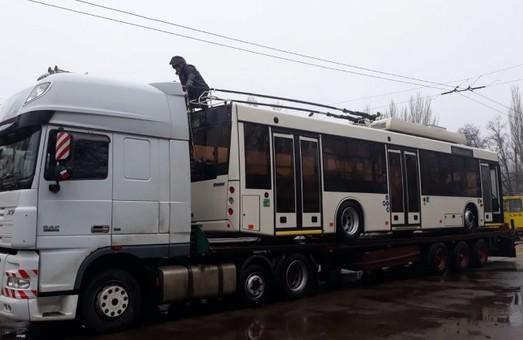 В Кривой Рог начали поступать троллейбусы из второй партии
