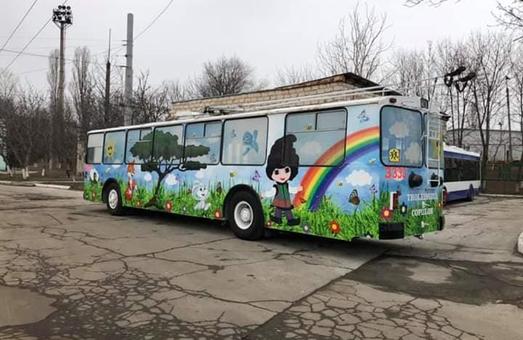В Кишиневе появился специальный «детский троллейбус»
