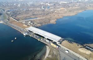 Губернатор Одесской области и мэр Черноморска обещают достройку моста через Сухой лиман уже в этом году