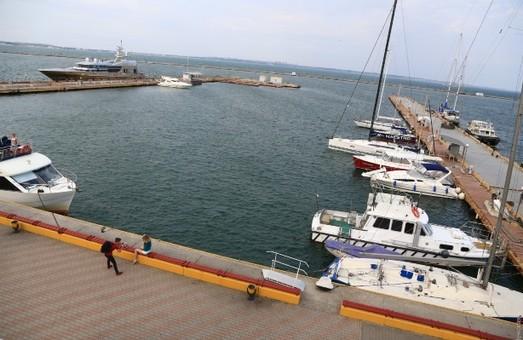 Правила пользования водными объектами для плавания на маломерных судах в Одесской области будут обсуждать на общественных слушаниях