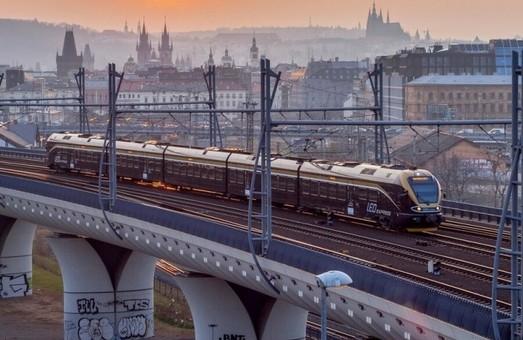 «Leo Express» запустит поезд из Праги к украино-польской границе только в июне