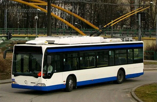На сайте OLX появилось объявление о продаже троллейбусов