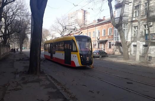 Непогода в Одессе нарушила работу еще семи маршрутов электротранспорта