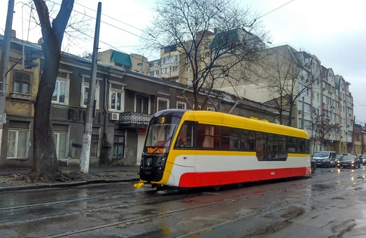Ураган в Одессе: какие маршруты электротранспорта не работают