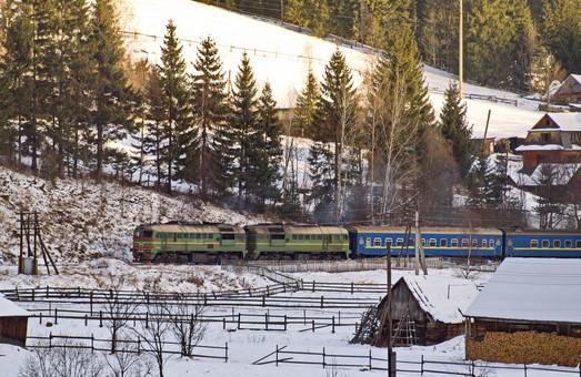 Маршрут поезда Николаев – Ивано-Франковск продлили до Рахова