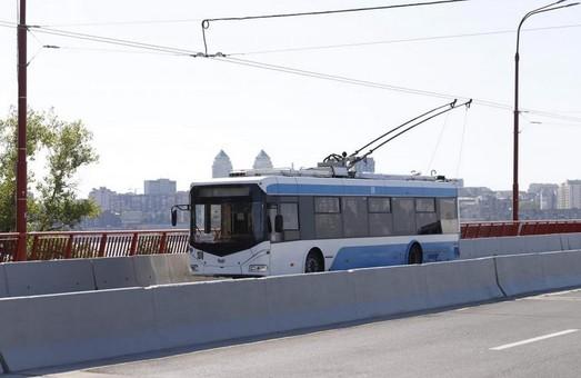 Для запуска троллейбуса в пригород Днепра Приднепровск нужно модернизировать две тяговые подстанции