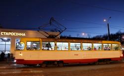 Одесские трамваи вечером под луной (ФОТО)