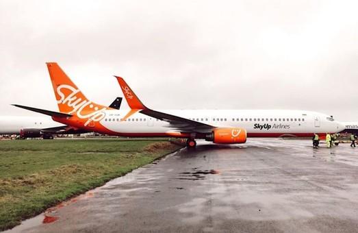 Украинская авиакомпания «SkyUp» получила свой одиннадцатый самолет