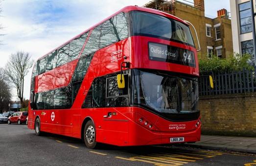 В Лондоне один из автобусных маршрутов полностью обслуживается электробусами