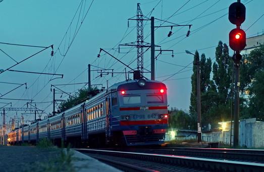 Одесская железная дорога повышает безопасность движения поездов