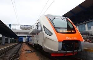 Украинский дизель-поезд ДПКр-3 уже проехал 35 тысяч километров