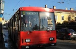 В Черновцах из-за вспышки коронавируса остановился весь общественный транспорт