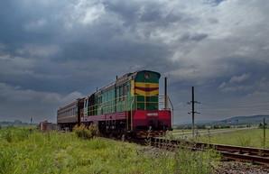 Одесская железная дорога организовала спецпоезда для доставки на работу своих сотрудников