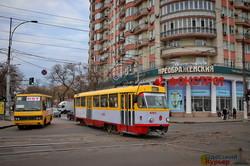 В Одесских трамваях и троллейбусах временно отменяют льготы (ФОТО, ВИДЕО)