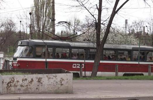 В Кривом Роге снова работает метротрам