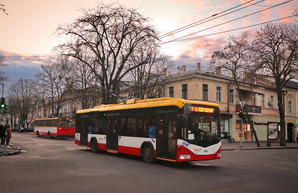 Одесситам рассказали, сколько пассажиров теперь может перевозить электротранспорт
