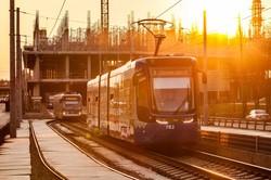 В Киеве обновили конечную станцию скоростного трамвая - она внутри торгового центра (ФОТО)