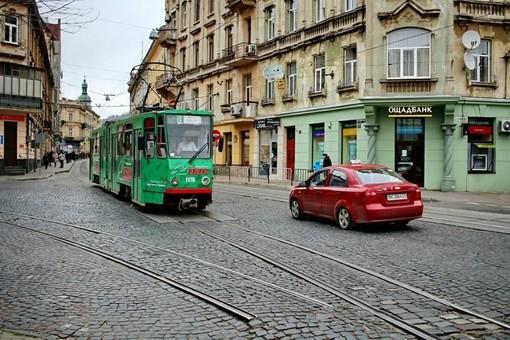 Во Львове протестируют на коронавирус водителей общественного транспорта