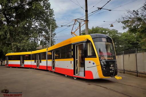 """Одесса будет закупать 30 новых трамваев для маршрута """"Север-Юг"""""""
