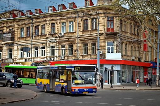В Одессе собираются восстановить работу еще двух маршрутов автобуса