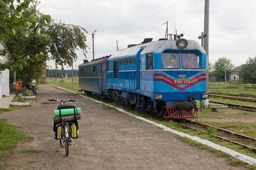 """""""Укрзализныця"""" может демонтировать 50-километровый участок узкоколейной железной дороги"""