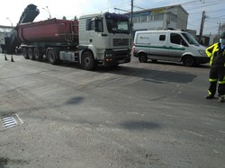 В Одессе занялись ямочным ремонтом дорог (ФОТО)