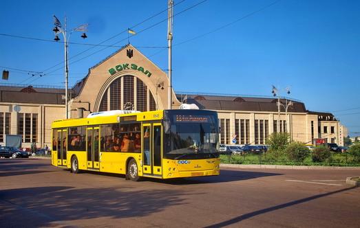 Киев закупает в лизинг 200 новых автобусов