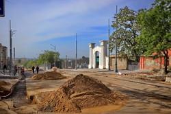 Реконструкция спуска Маринеско: уложили новые трамвайные пути (ФОТО)