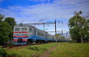 Движение пригородных поездов возобновилось