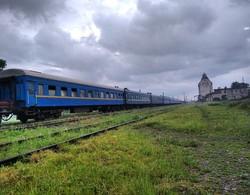 Єдиний в Україні вокзал с трьома видами залізничної колії (ФОТО)