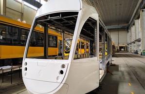 Украинский производитель показал сборку своего первого низкопольного трамвая