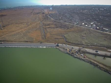 В Одессе решили, где будут строить дорогу в порт по полям орошения