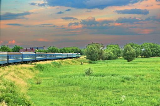 Пассажирские поезда могут быть полностью восстановлены в августе