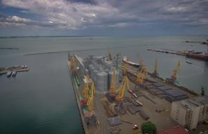 В развитие портов государство намерено вложить в этом году 1,11 миллиарда гривен