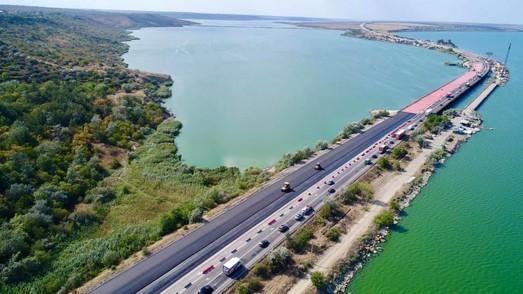 На трассе Одесса - Киев открыли мост через Хаджибейский лиман (ФОТО, ВИДЕО)
