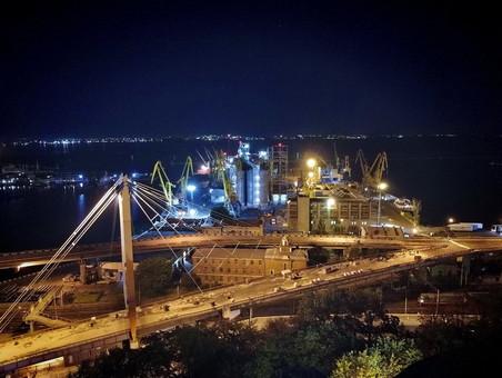 Появится ли в порту Южный еще один зерновой терминал
