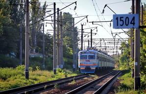 За лето Одесская железная дорога перевезла 1,3 миллиона пассажиров на пригородных электричках