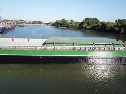 На заводе в Измаиле построили самую большую несамоходную баржу в Украине